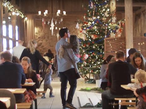 Hold juletræsfest på Sonnerupgaard Gods