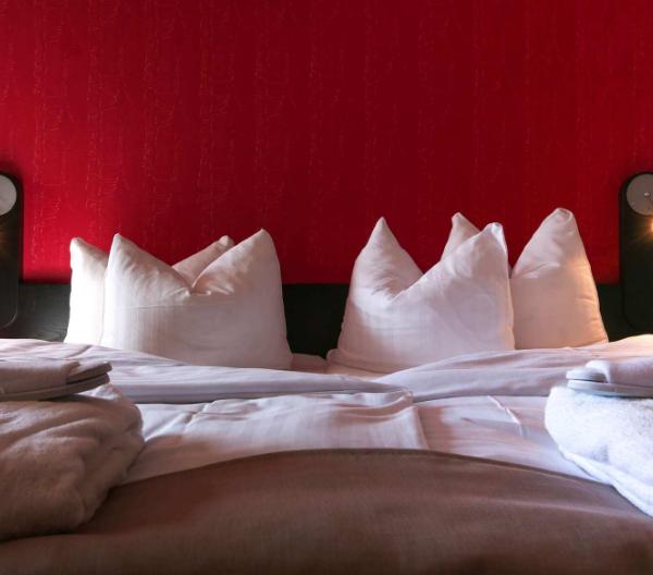 Hotel Radisson Blu H.C. Andersen i Odense giver sine senge væk
